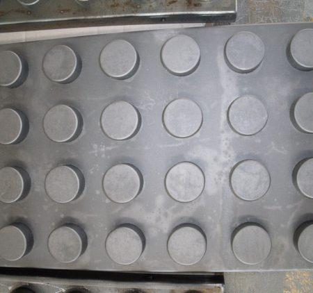 Pulitura metalli: componente sgrassato e micropallinato
