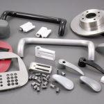 Dévernissage chimique pour l'aluminium