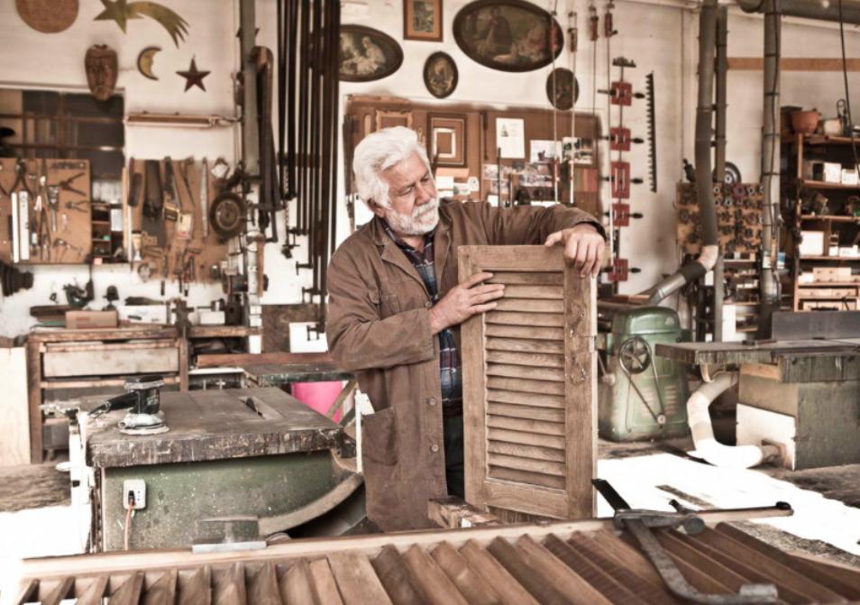 Sverniciatura del legno Esssedue srl