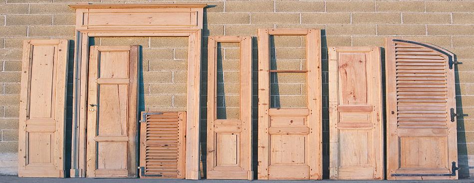 Sverniciatura legno serramenti infissi mobili simet for Porte in legno grezzo
